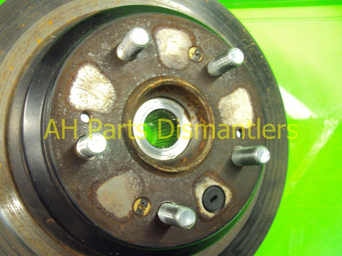 2005 Acura RL Axle Stub Rear Driver Spindle Knuckle Replacement
