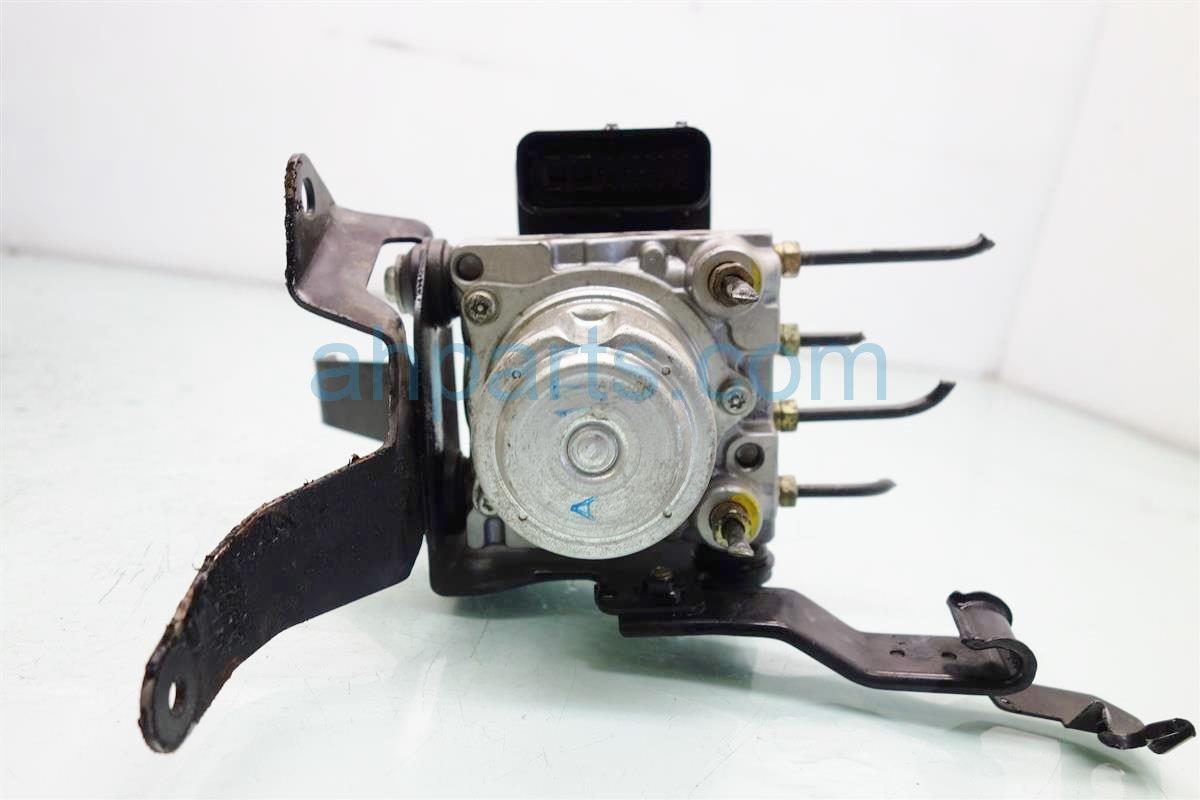 2005 Honda S2000 anti lock brake ABS VSA PUMP MODULATOR 57110 S2A A62 57110S2AA62 Replacement
