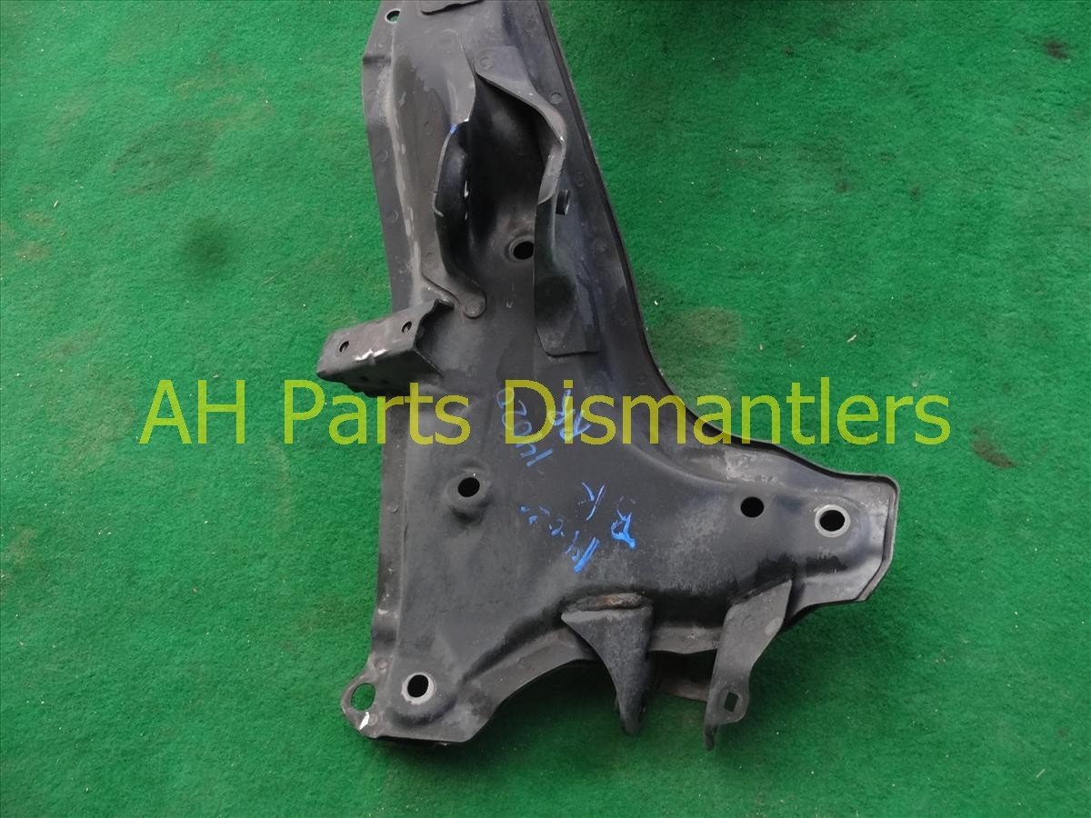 2007 Honda CR V Crossmember REAR SUB FRAME CRADLE BEAM 50300 SWA A00 50300SWAA00 Replacement