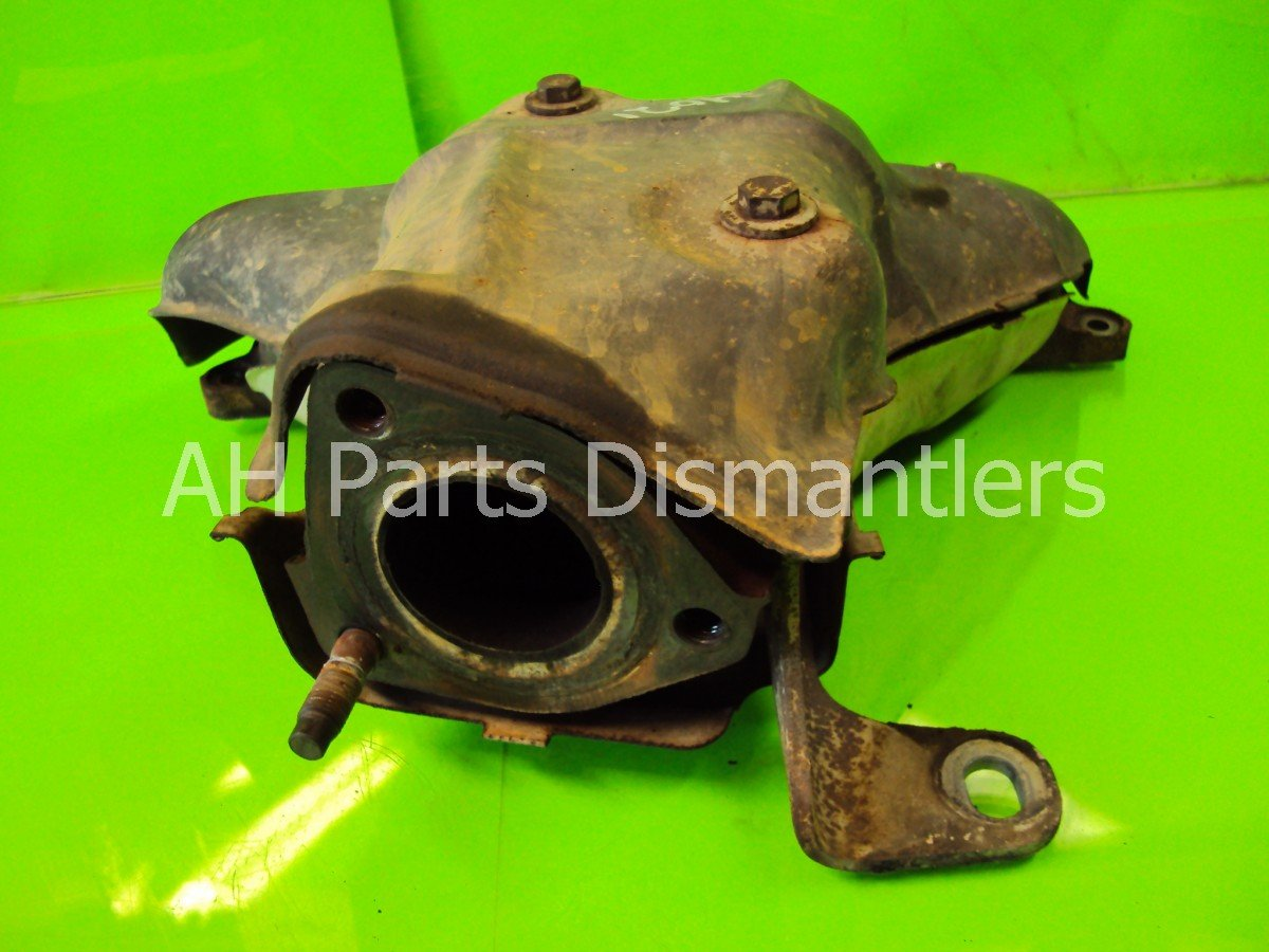 1998 Honda CR V EXHAUST MANIFOLD 18100 P3F A00 18100P3FA00 Replacement