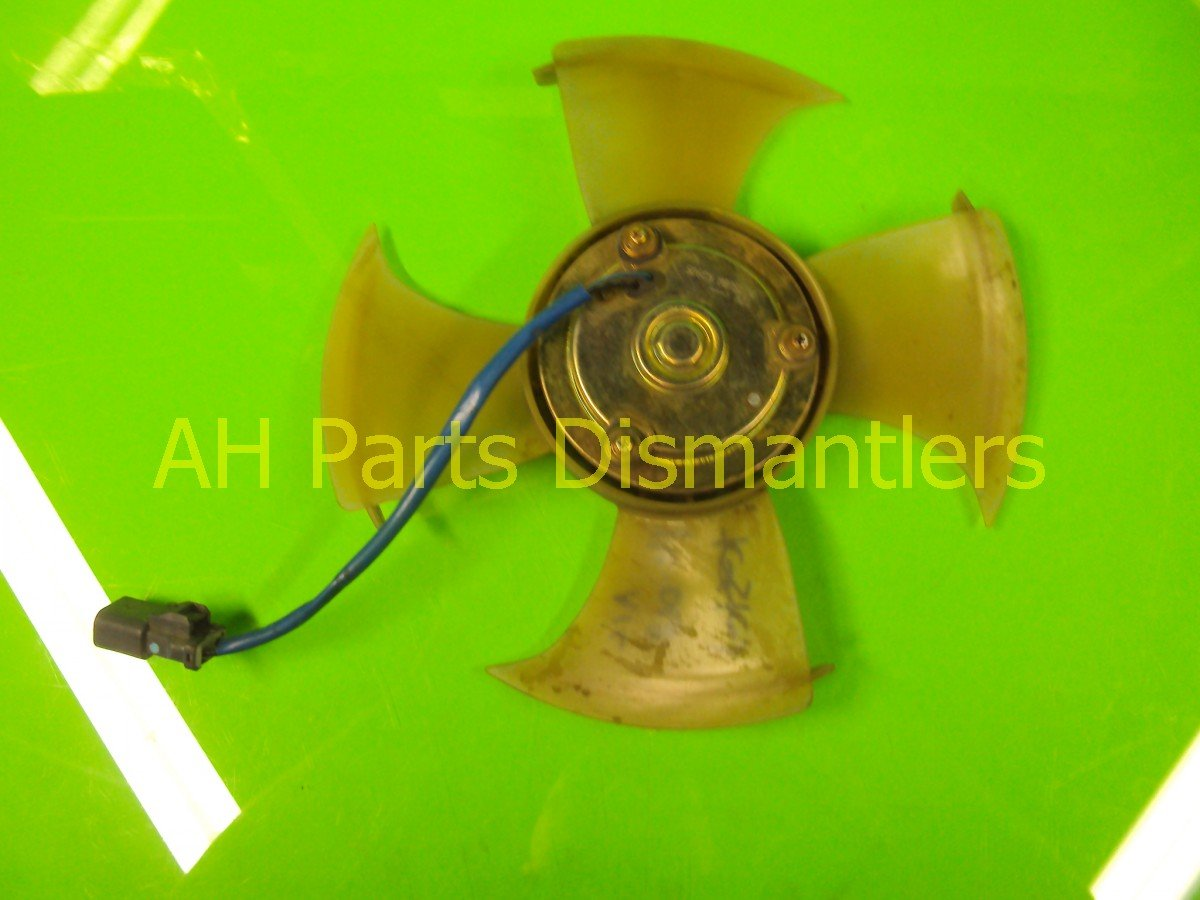 2004 Honda Civic Cooling AC FAN AND MOTOR NO SHROUD 38611 PMM A01 38611PMMA01 Replacement