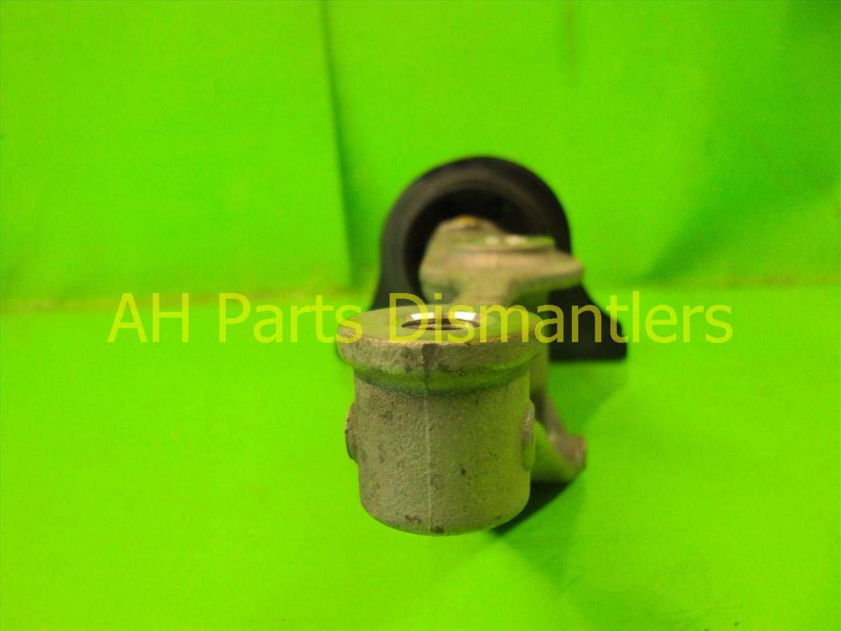 2005 Honda S2000 Engine Motor Front passenger DIFFERENTIAL MOUNT 50730 S2A 013 50730S2A013 Replacement