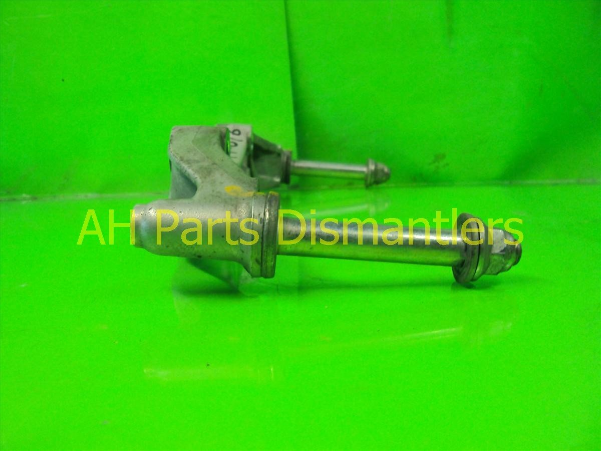 2005 Honda S2000 Engine Motor DIFFERENTIAL MOUNTING BRACKET 50770 S2A 000 50770S2A000 Replacement