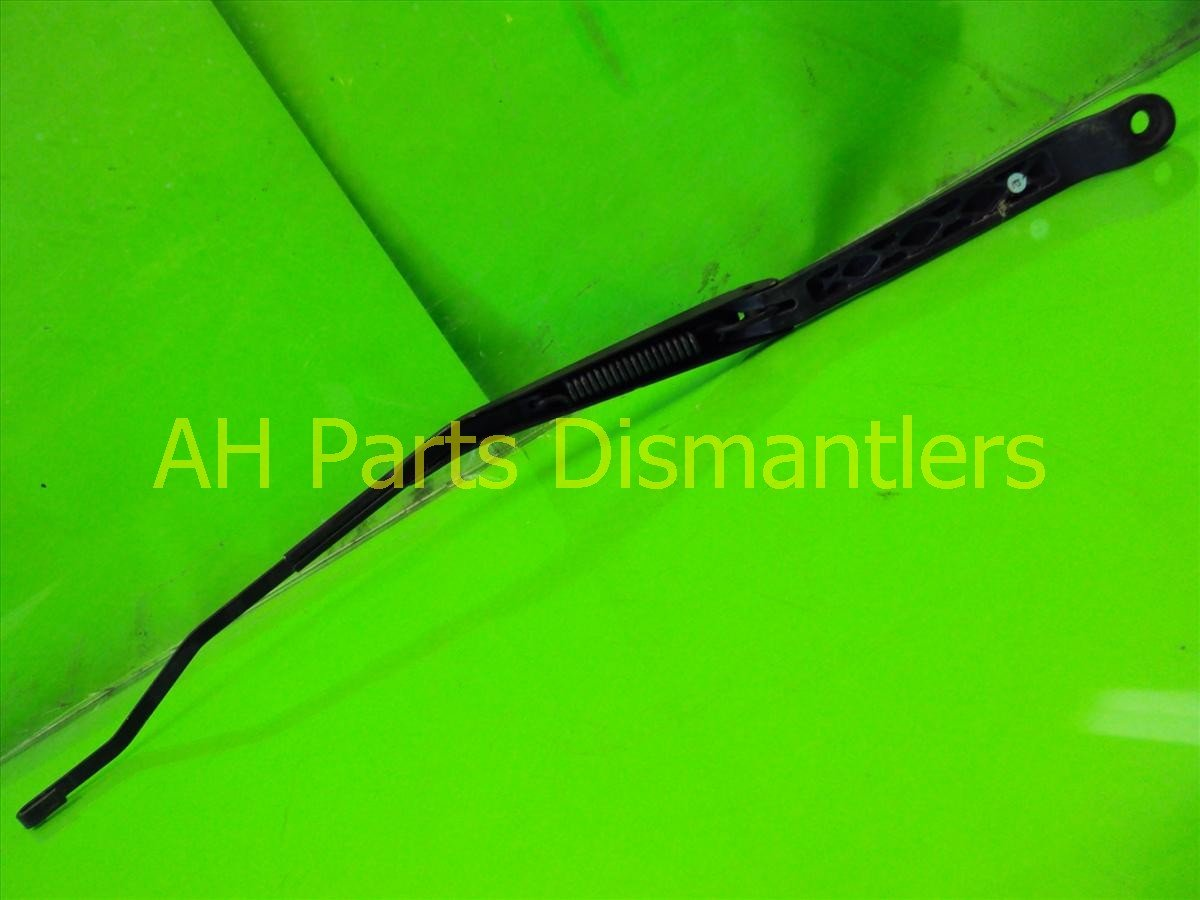 1999 Acura CL Windshield Passenger Wiper Arm, Faded 76610 SV4 A01 Replacement