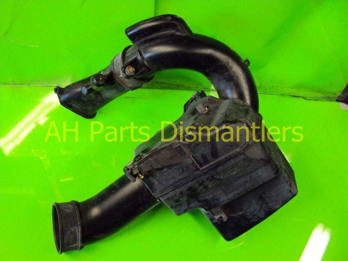 2005 Acura RL Air Intake RESONATOR BOX Replacement