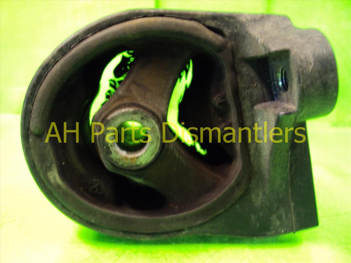 2004 Honda Civic Engine Motor ENGINE MOUNT INSULATOR 50810 S5A A81 50810S5AA81 Replacement