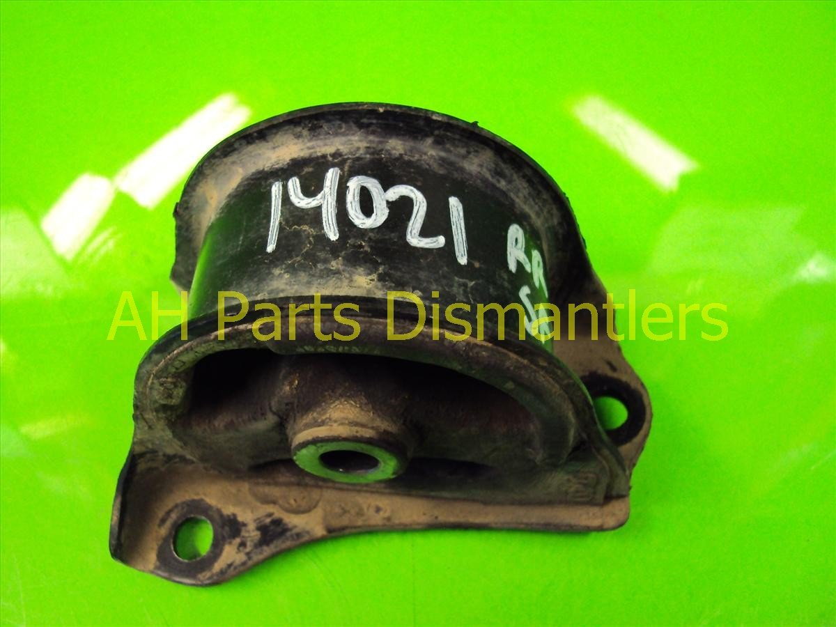 1998 Honda CR V Engine Motor Rear MOUNT INSULATOR 50810 ST0 980 50810ST0980 Replacement