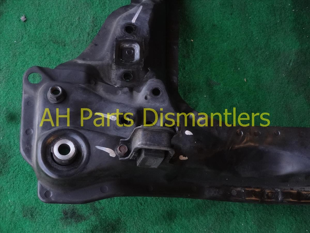 1998 Acura RL Crossmember FRONT SUB FRAME rear section 50200 SZ3 A00 50200SZ3A00 Replacement