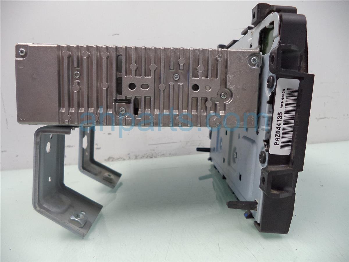 2013 Honda Civic AM FM CD RADIO broken plastic on top Replacement