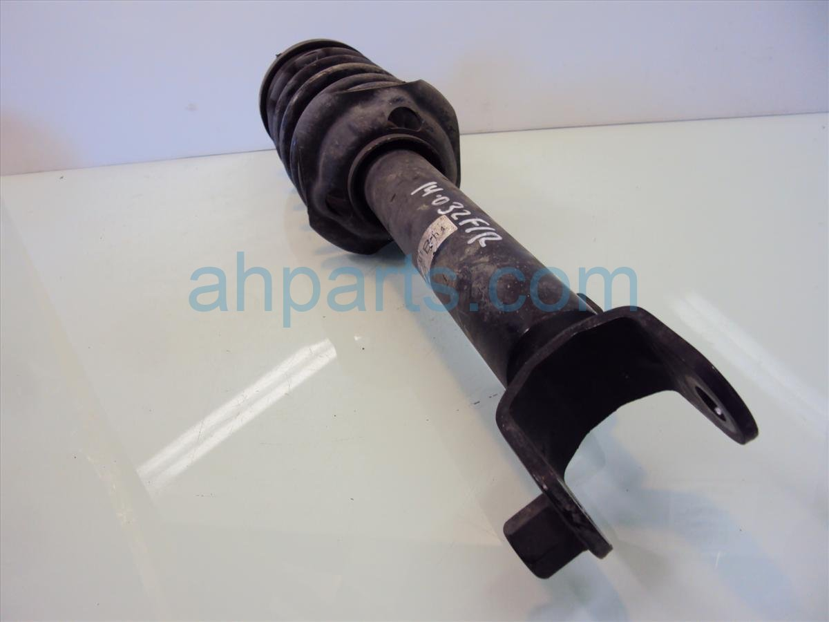2005 Honda S2000 Front passenger STRUT SHOCK SPRING 51605 S2A A08 51605S2AA08 Replacement