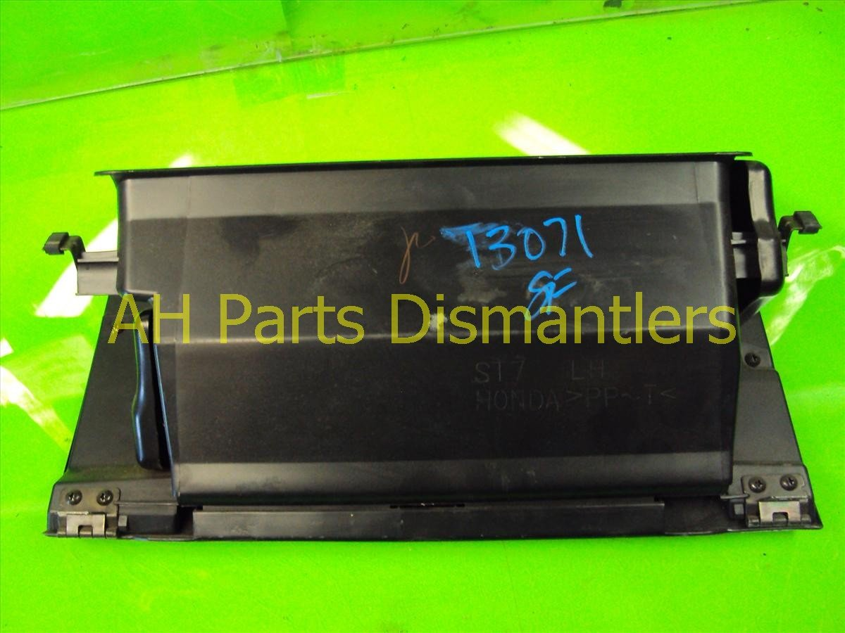 2000 Acura Integra Compartment GLOVE BOX BLACK has scratches Replacement
