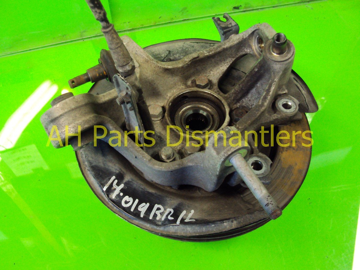 2005 Acura RL Axle Stub Rear Driver Spindle Replacement