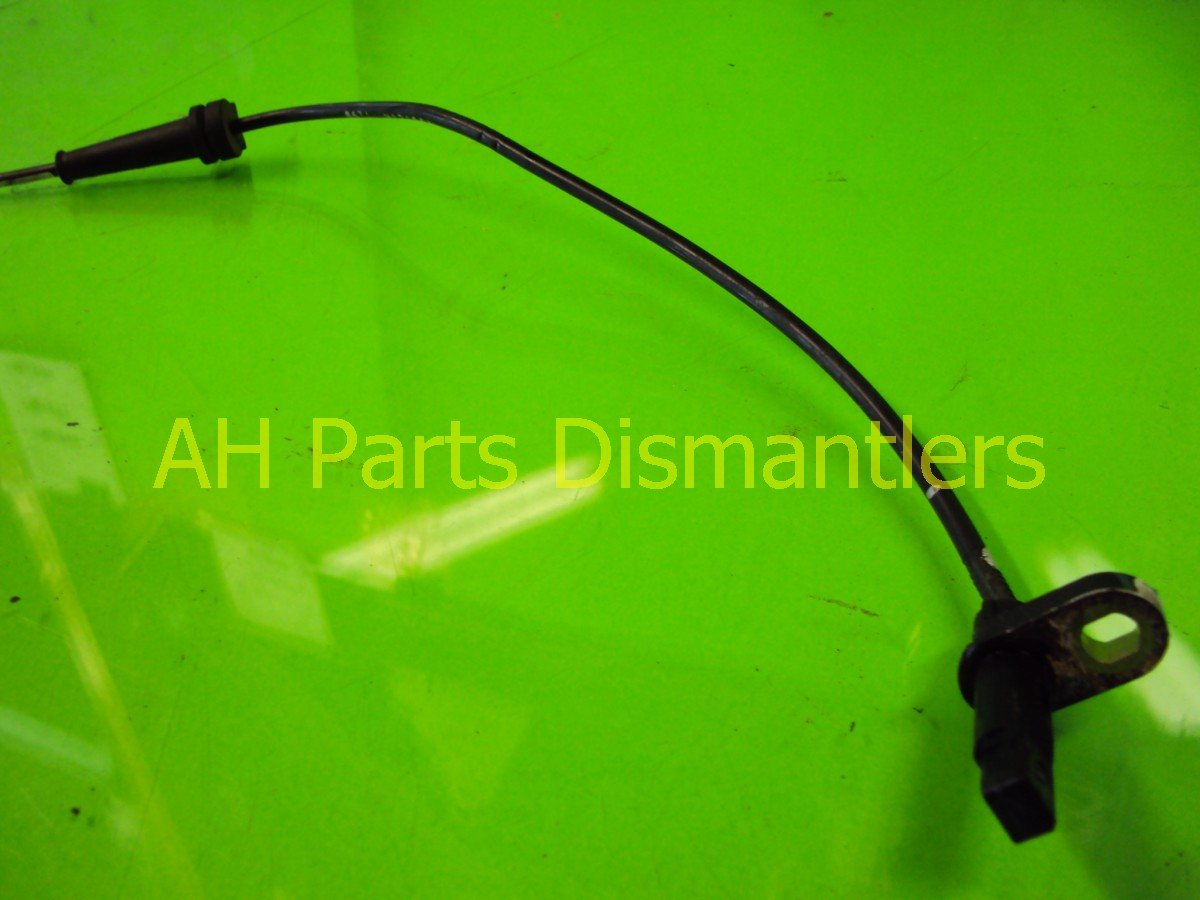 1998 Honda Civic Front passenger ABS SENSOR 57450 S04 801 57450S04801 Replacement