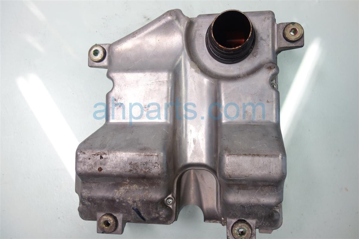 2001 Honda CR V Manifold INTAKE CHAMBER 17160 PHK 000 17160PHK000 Replacement