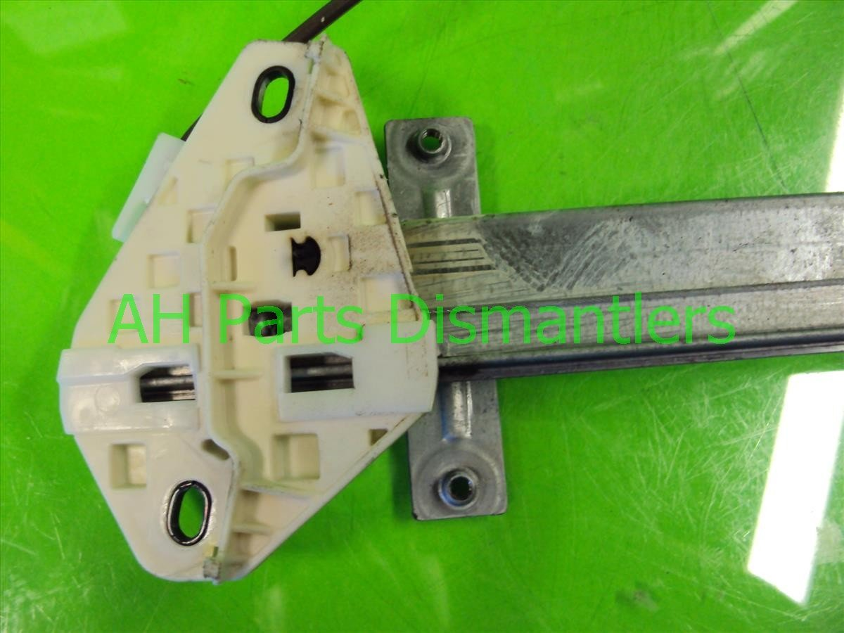 2007 Acura TL Rear passenger WINDOW REGULATOR MOTOR 72710 SEP A02 72710SEPA02 Replacement