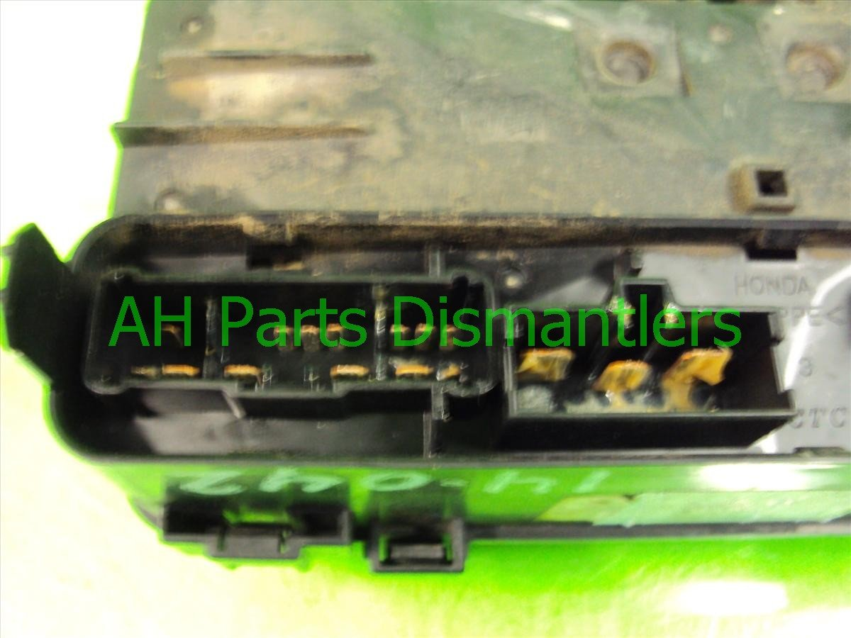 1998 Honda Accord ENGINE FUSEBOX 38250 S84 A22 38250S84A22 Replacement