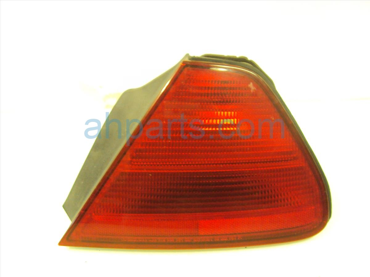 2002 Honda Accord Rear Lamp Passenger TAIL LIGHT quarter mounted 33501 S82 A01 33501S82A01 Replacement
