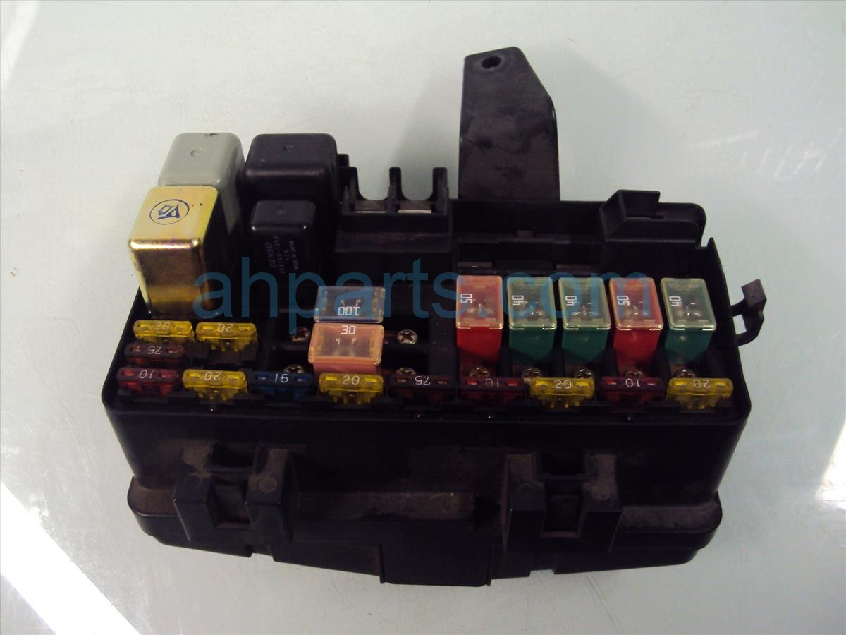 2001 Honda Prelude ENGINE FUSE BOX NO LID 38250 S30 A02 38250S30A02 Replacement
