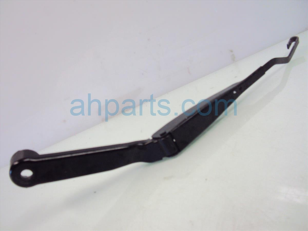 2005 Honda S2000 Windshield Driver Wiper Arm Light Scratches Replacement