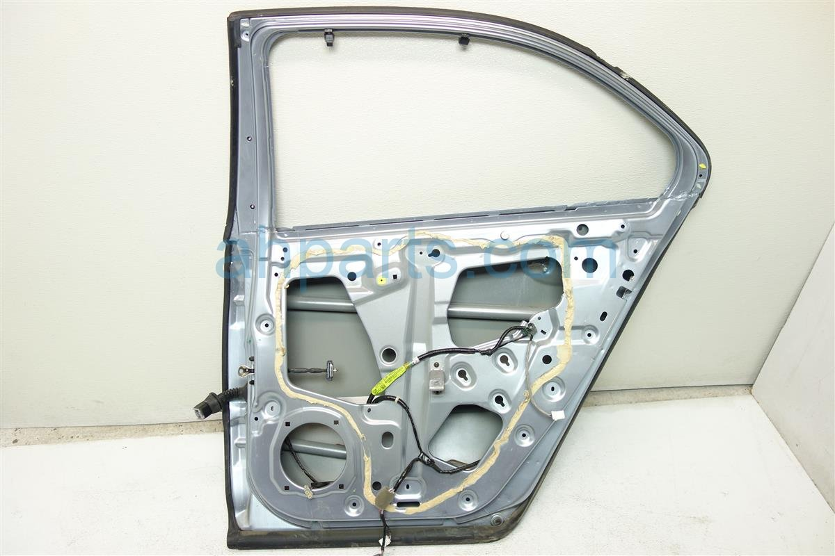 2005 Acura RL Rear Passenger Door Shell Only Light Blue 67510 SJA A80ZZ Replacement