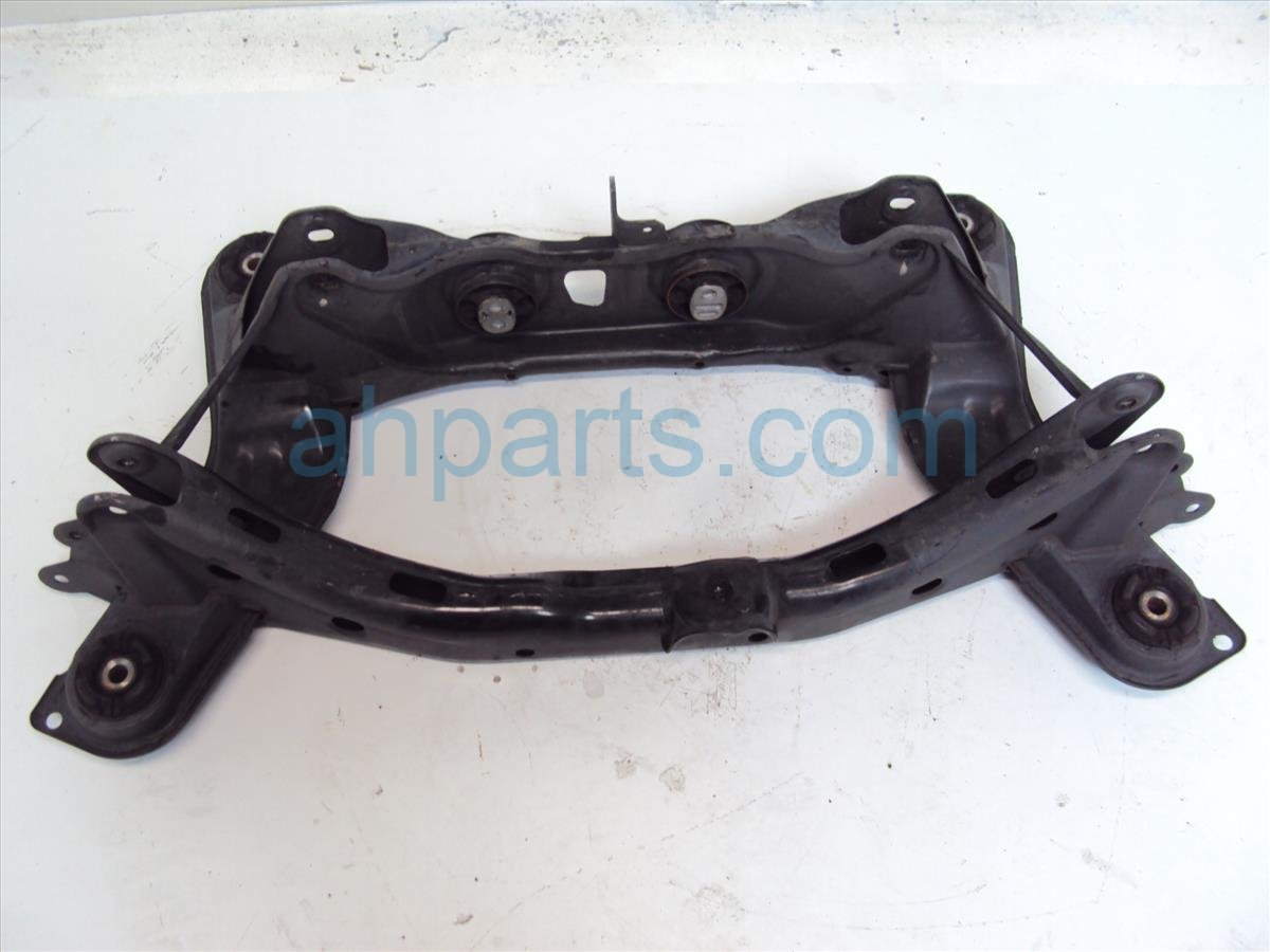 2004 Acura MDX Crossmember REAR SUB FRAME CRADLE BEAM 50300 S3V 003 50300S3V003 Replacement