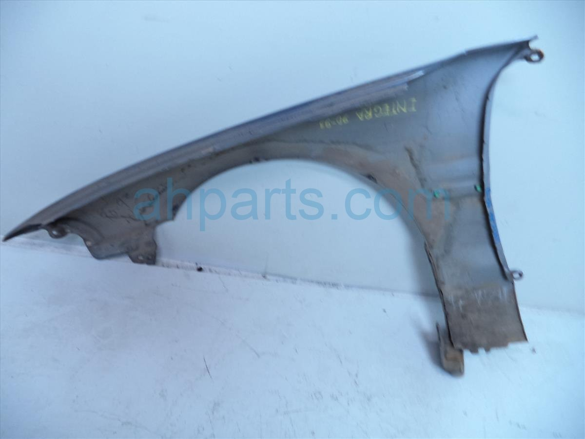 1993 Acura Integra Front Passenger FENDER NEEDS PAINT dings Replacement