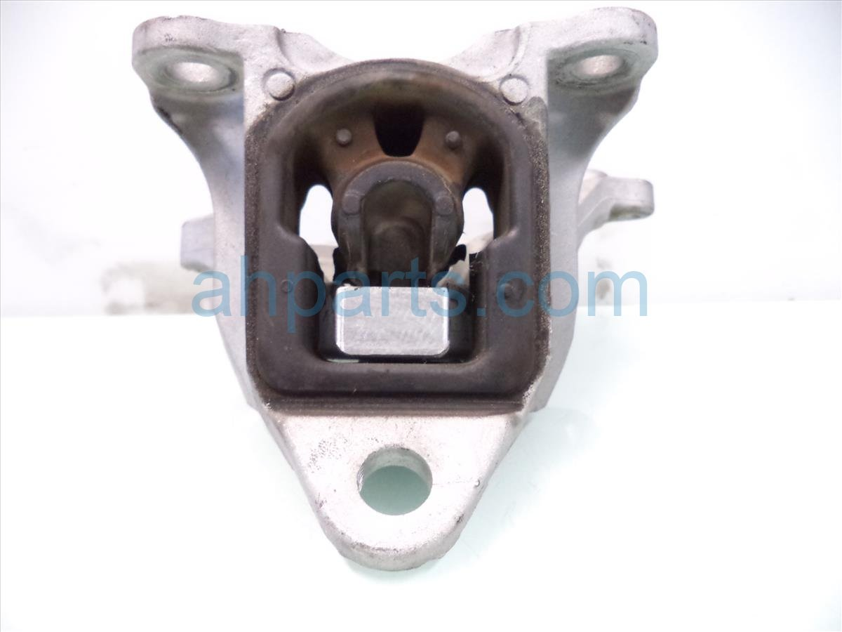 2013 Honda Civic Engine Motor AT TRANSMISSION MOUNT 50850 TR6 A81 50850TR6A81 Replacement