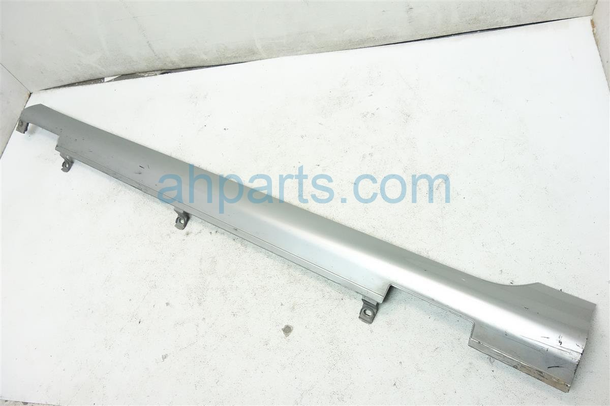 2008 Acura RL Rocker Molding / Trim Driver Side Skirt Silver Scratches 71850 sja a01zk Replacement