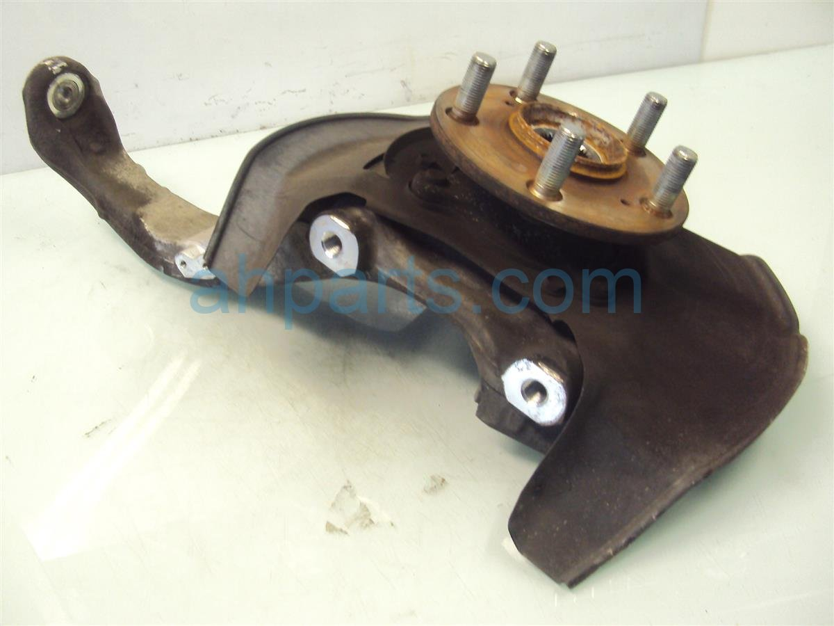 2008 Acura RL Hub Front Driver Spindle Knuckle 51215 SJA 010 Replacement