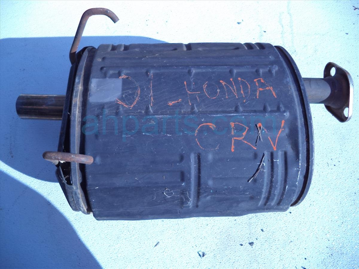 2001 Honda CR V EXHAUST MUFFLER minor damage Replacement