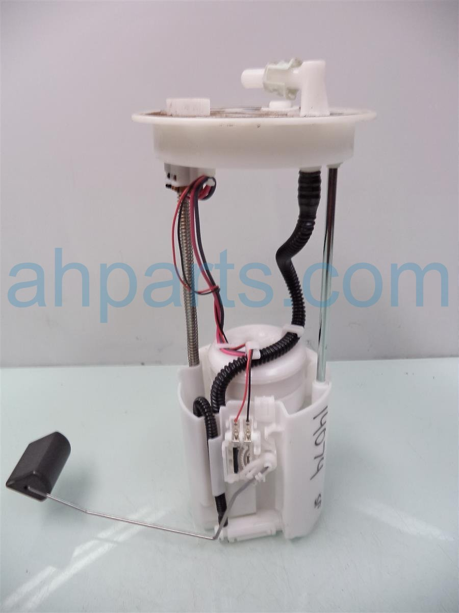 2013 Honda CR V GAS FUEL PUMP 17045 T0A 000 17045T0A000 Replacement