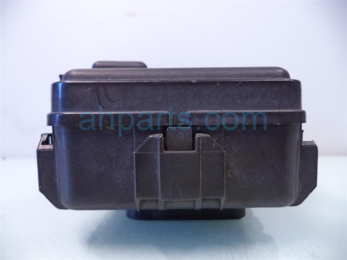 DSC04523 buy $75 2006 acura rsx engine fuse box broken clips 38250 s6m a02  at bakdesigns.co