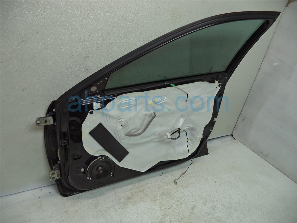 2007 Acura TL Front passenger DOOR minus mirror and panel 67010 SEP A91ZZ 67010SEPA91ZZ Replacement