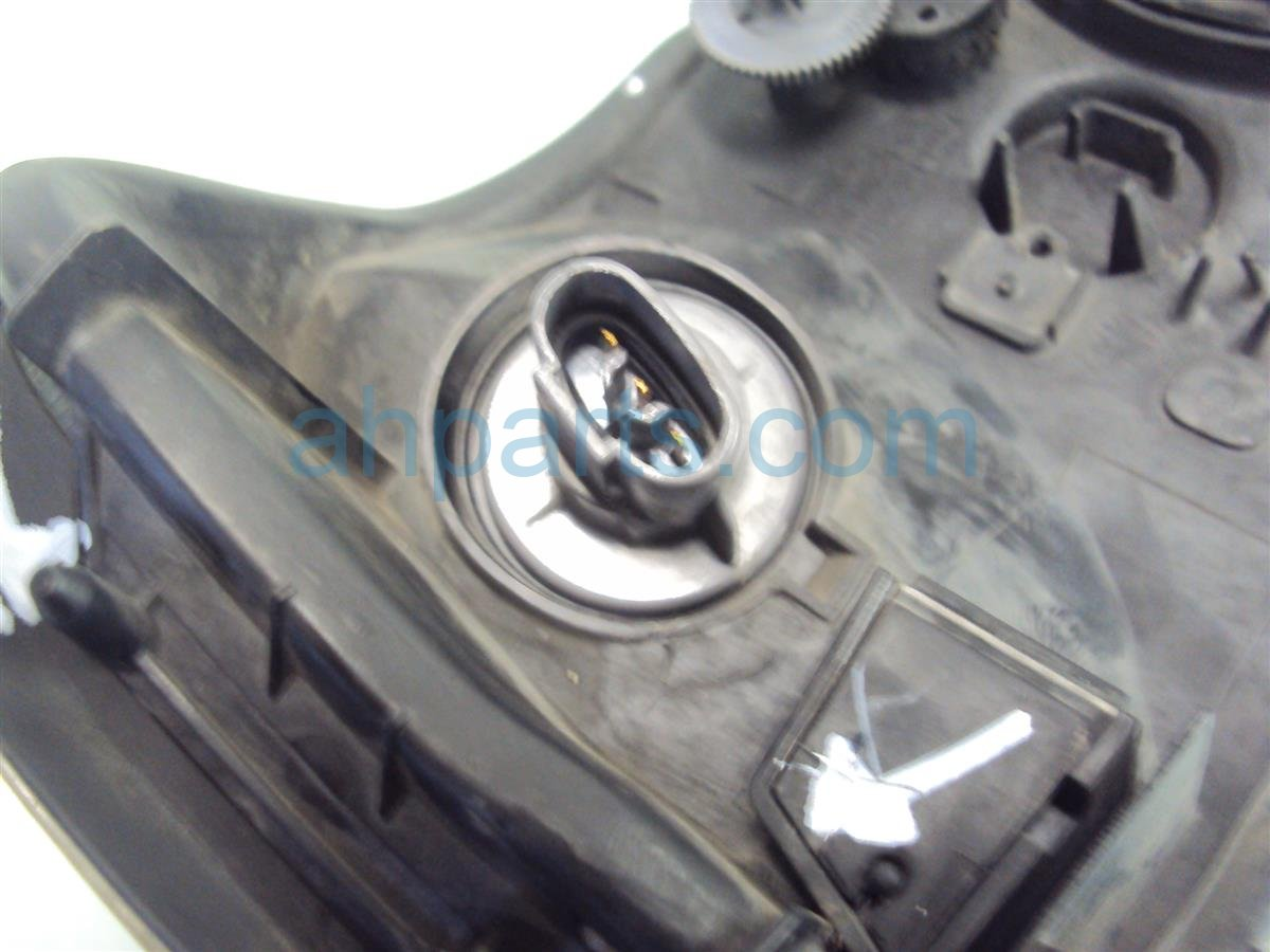 2000 Acura TL Lamp Driver HEADLIGHT lens chipped on edge 33151 S0K A01 33151S0KA01 Replacement