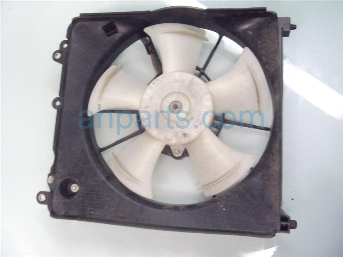 2011 Honda Insight Cooling RADIATOR FAN ASSEMBLY 19015 RBJ 004 19015RBJ004 Replacement