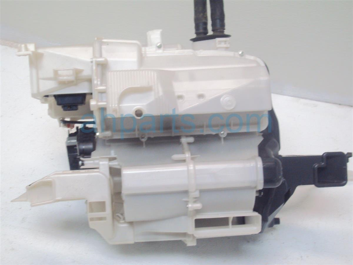 2010 Honda Insight HEATER CORE 79305 TM8 A41 79305TM8A41 Replacement