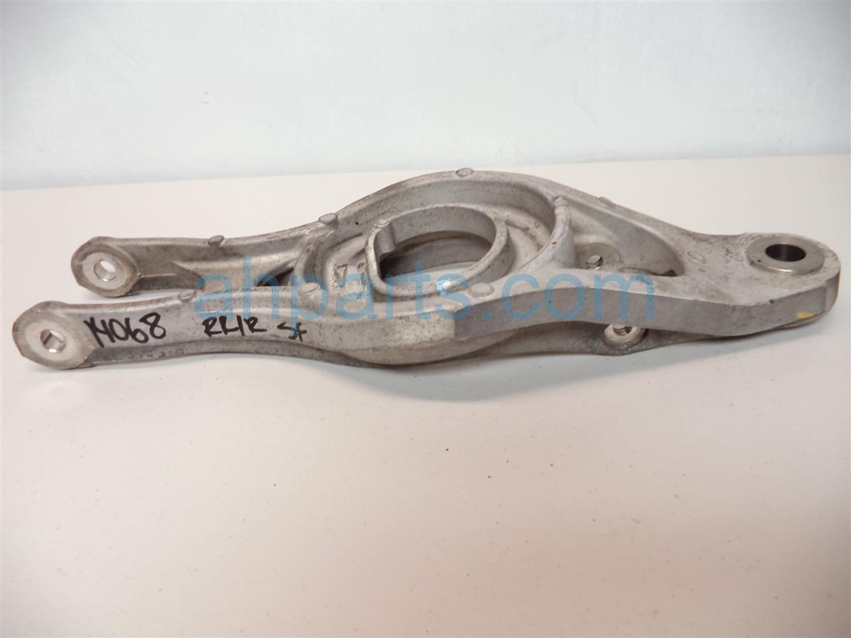 2008 Acura RL Rear passenger LOWER CONTROL ARM B 52350 SJA 000 52350SJA000 Replacement