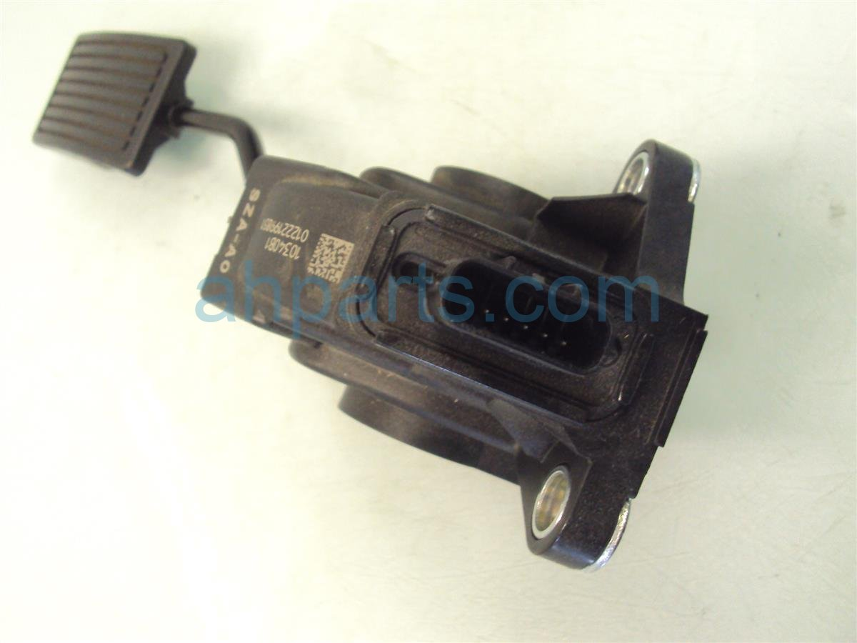 2011 Honda Odyssey GAS PEDAL 17800 SHJ A01 17800SHJA01 Replacement