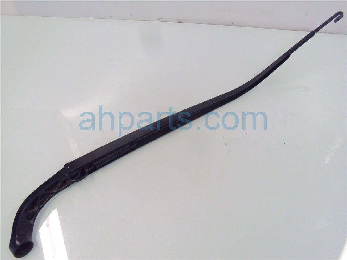 2013 Honda Accord Windshield Passenger WIPER ARM few scratches Replacement