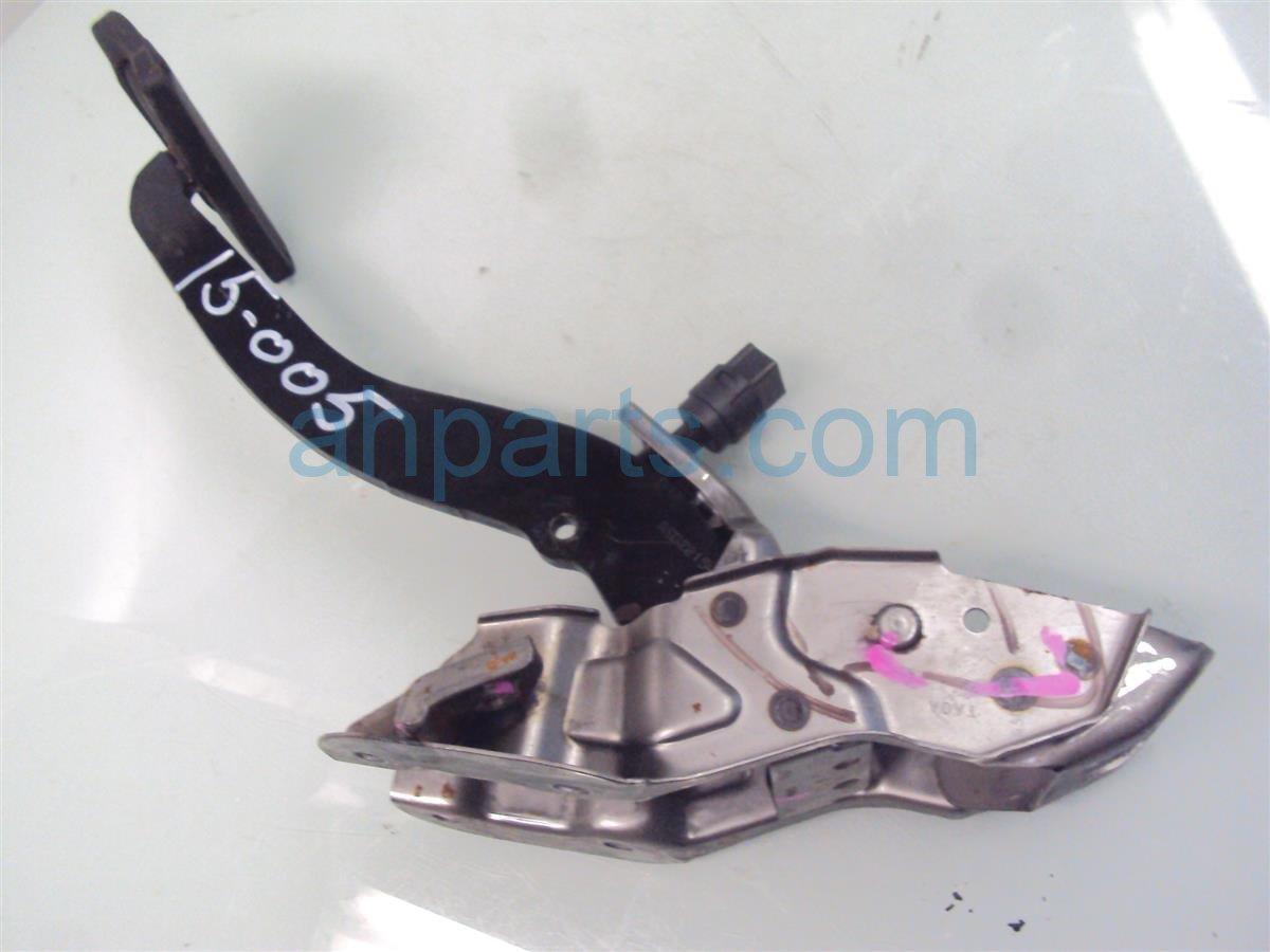 2009 Honda Accord BRAKE PEDAL Replacement
