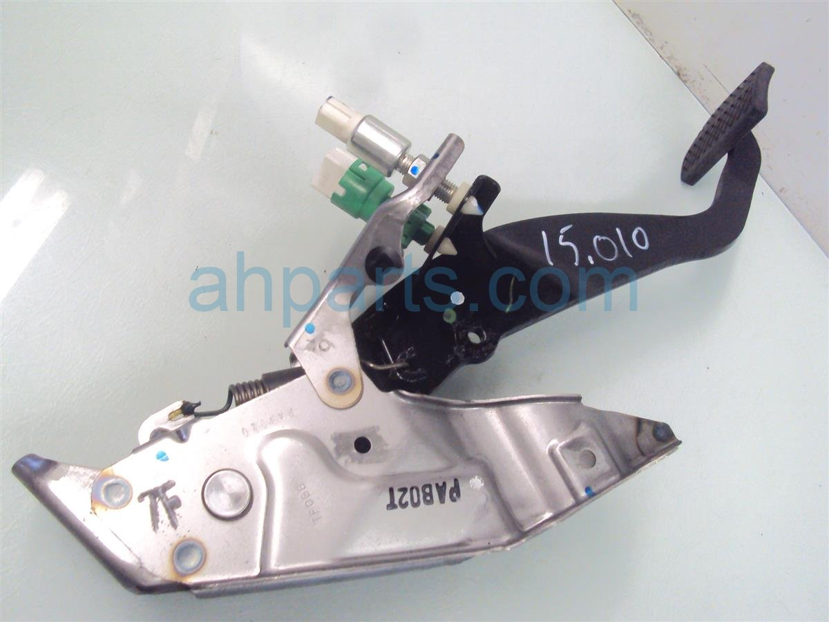 2011 Honda Insight BRAKE PEDAL 46600 TM8 A51 46600TM8A51 Replacement
