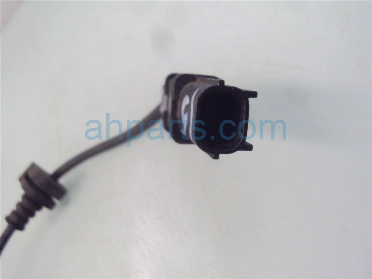 2011 Honda Insight Rear passenger ABS SENSOR 57470 TM8 A01 57470TM8A01 Replacement