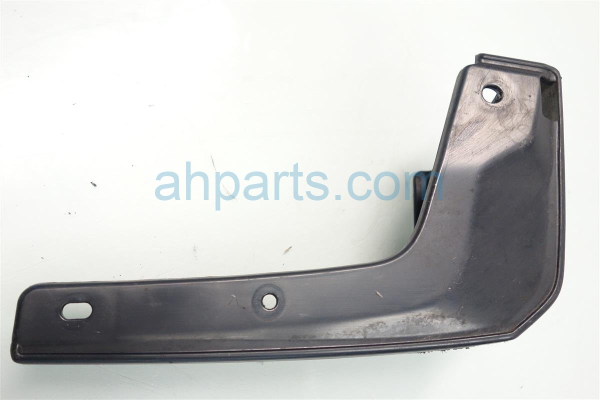 2015 Honda FIT FRONT RIGHT MUD FLAP 08P08 T5A 100R1 08P08T5A100R1 Replacement
