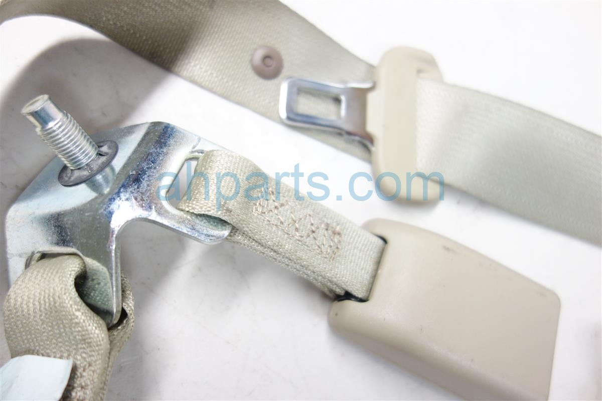 2013 Acura ILX REAR CENTER MIDDLE SEAT BELT TAN 04826 TX6 A01ZA 04826TX6A01ZA Replacement