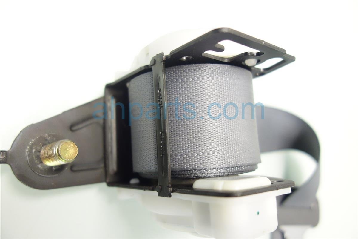 2003 Honda Accord REAR MIDDLE SEAT BELT 04823 SDA A01 04823SDAA01 Replacement