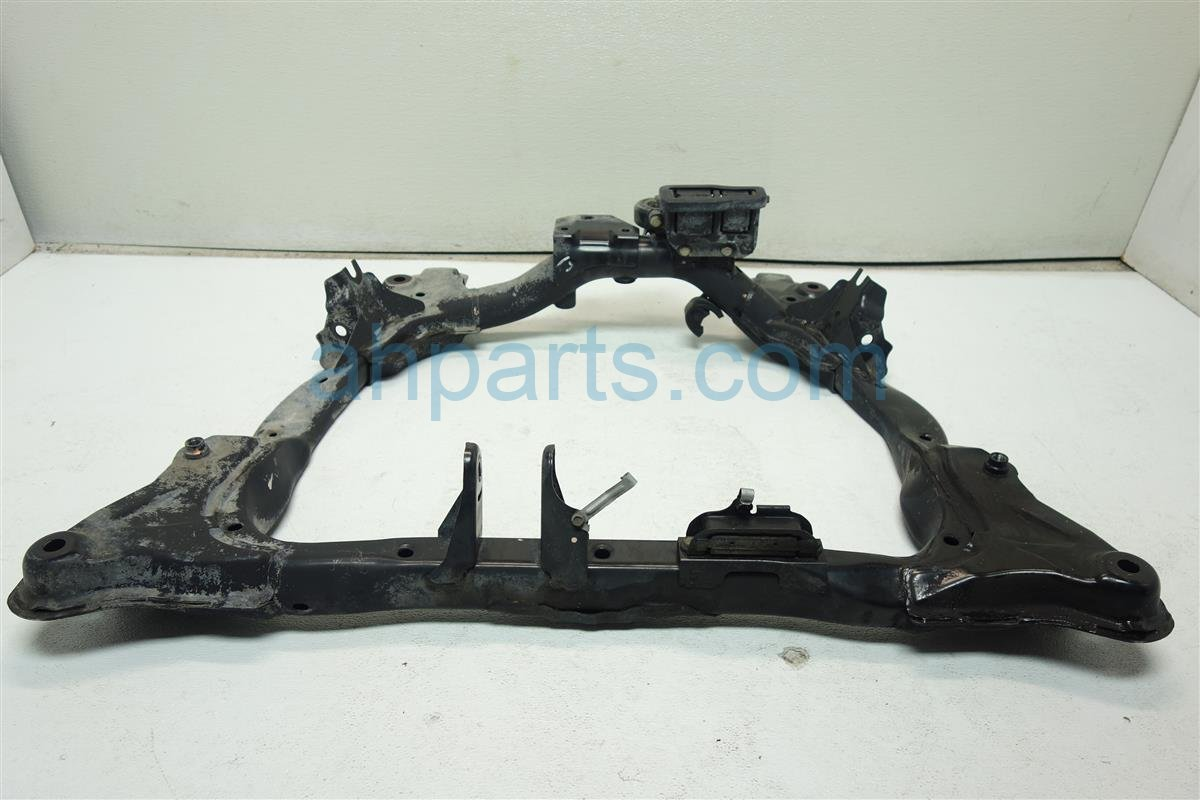 2005 Honda Civic Crossmember FRONT SUB FRAME 50200 S5A A72 50200S5AA72 Replacement