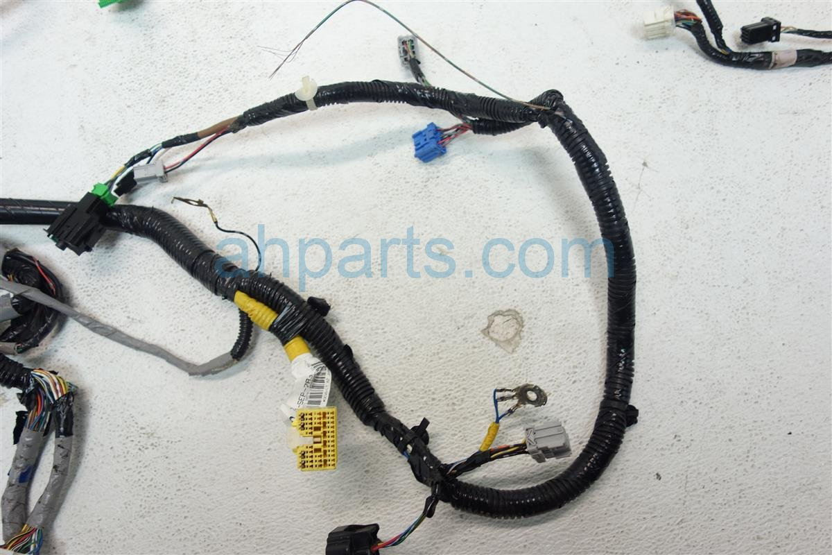 2007 Acura TL INSTRUMENT HARNESS CUT WIRE 32117 SEP A23 32117SEPA23 Replacement