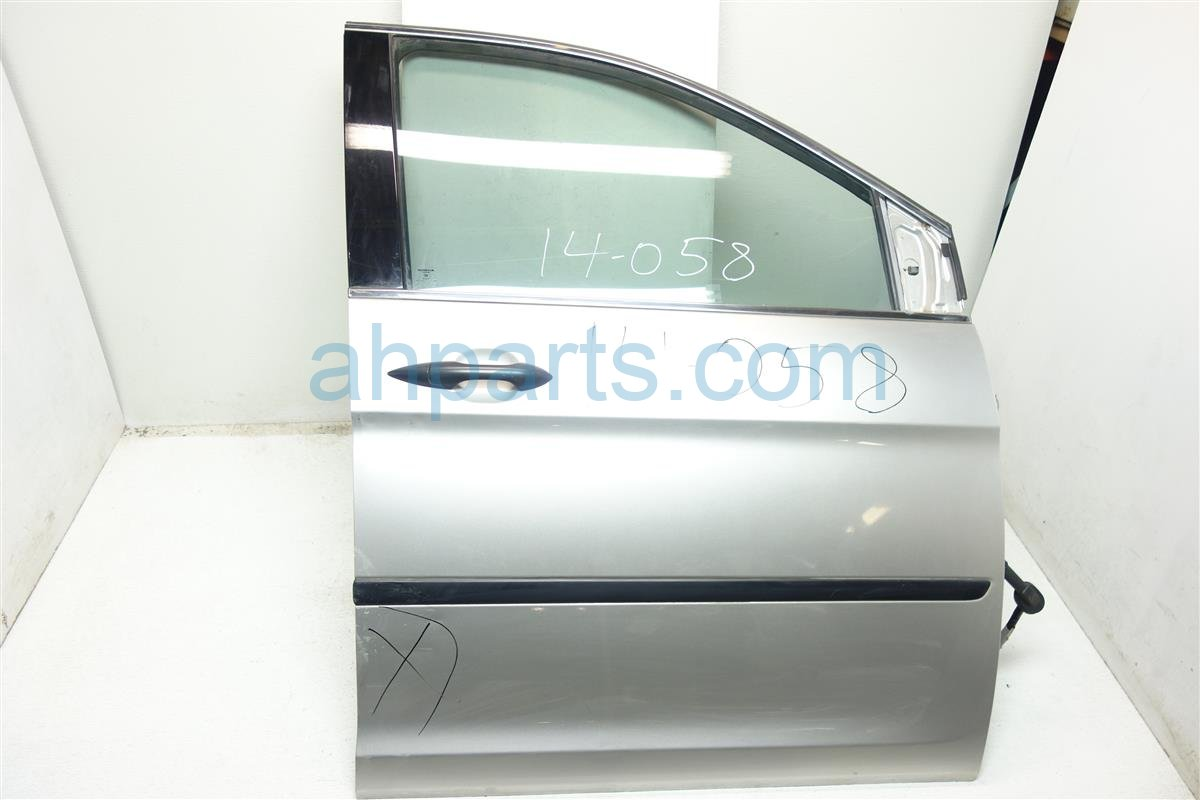 2008 Honda Odyssey Front passenger DOOR GRAY SOME DENT 32752 SHJ A02 32752SHJA02 Replacement