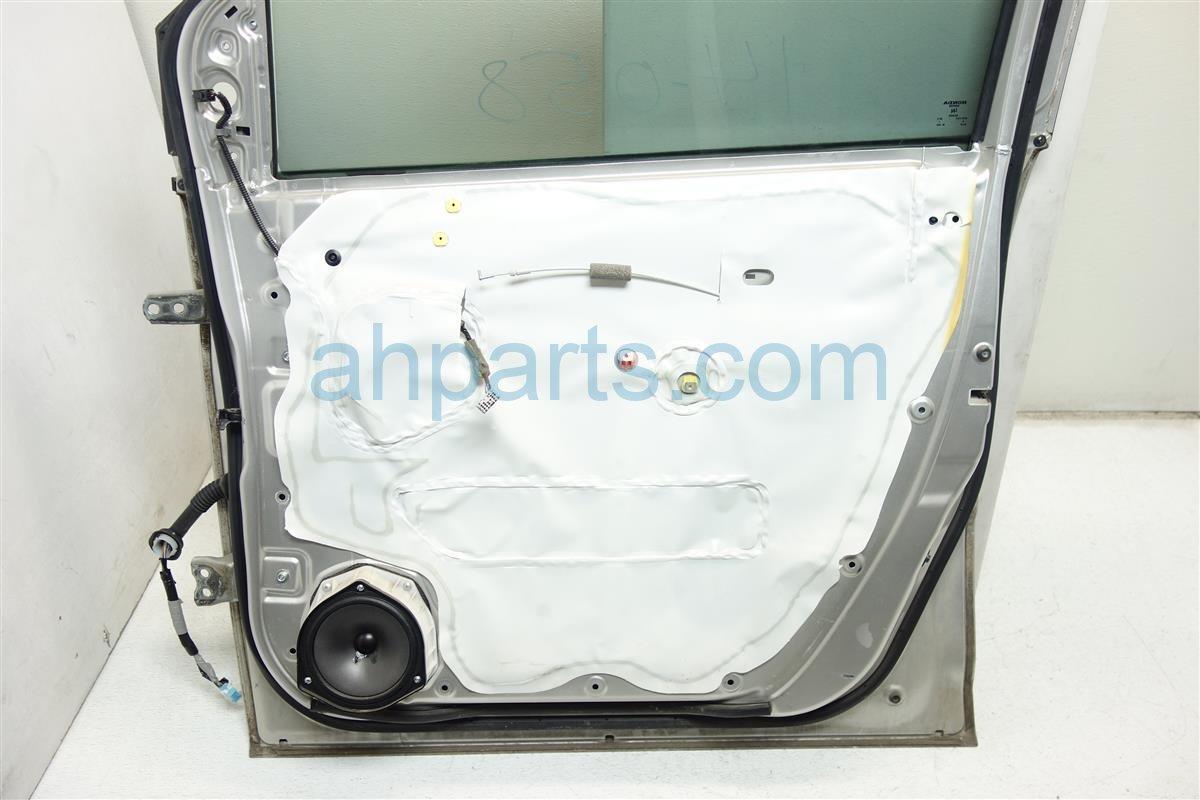 2008 Honda Odyssey Front passenger DOOR GRAY SOME DENT 32752 SHJ A02 32752SHJA02 Replacement