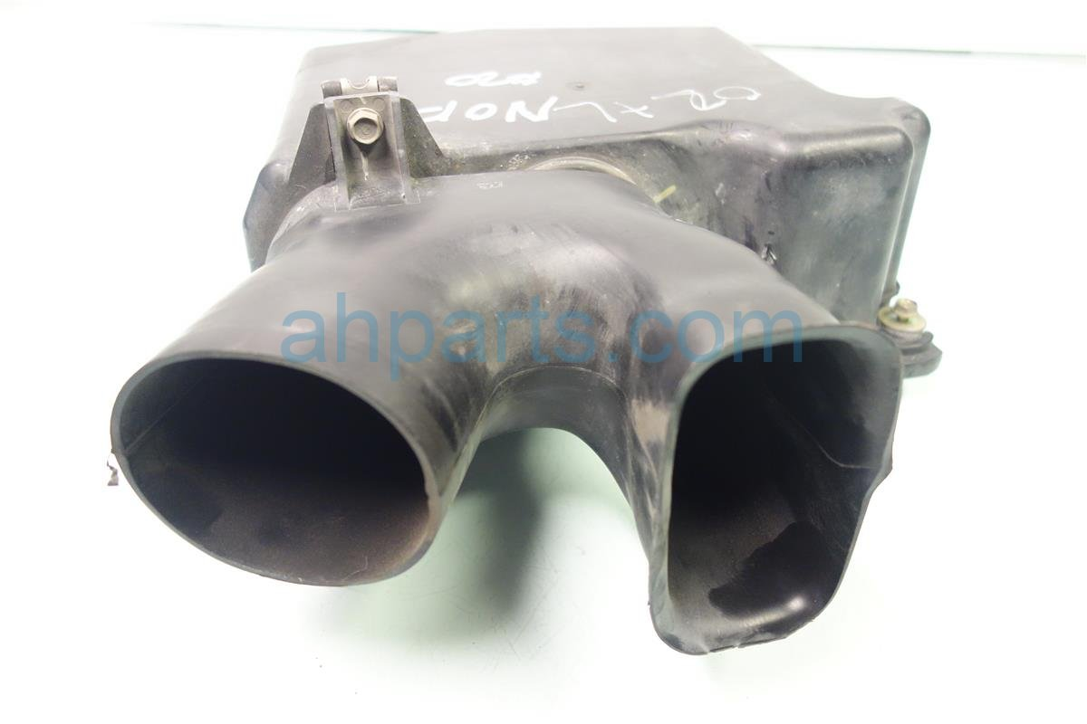 2002 Acura TL Air Intake 02 TL RESONATOR CHAMBER Replacement